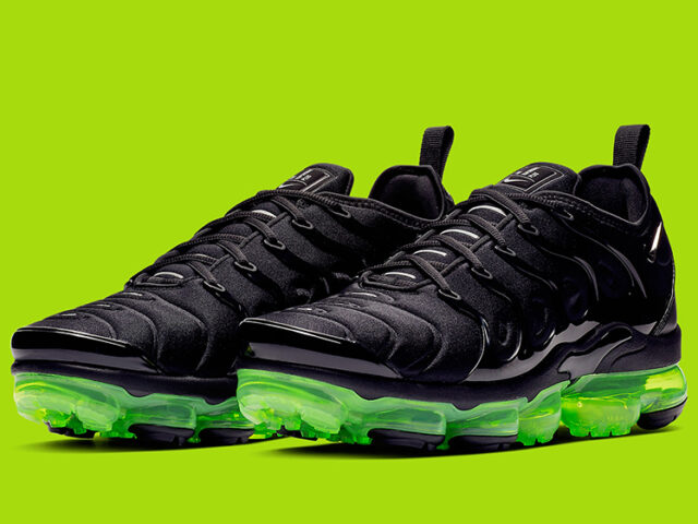 Today: Nike Air VaporMax Plus 'Black/Volt'